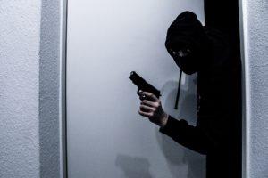burglar-3958612_1920